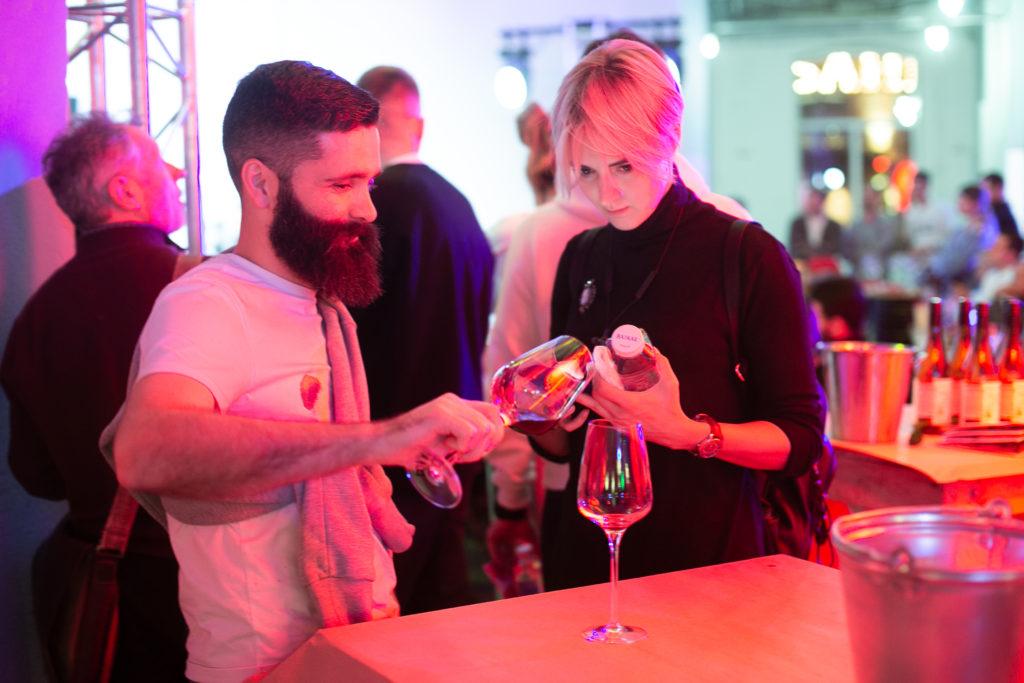 GORIZONT NATURAL WINE FESTIVAL. Единственный в России фестиваль натуральных вин прошел в Москве 19 ноября на Трехгорной мануфактуре
