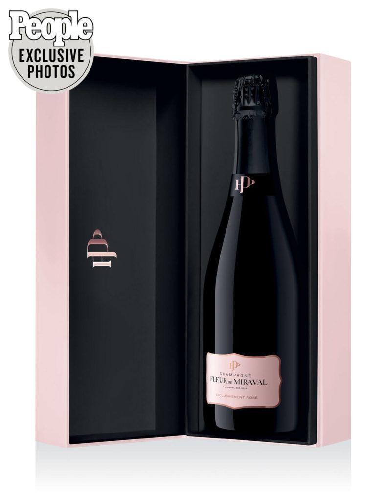 В хозяйстве Экс-Бранджелины пополнение: к релизу готово Champagne Fleur de Miraval Rosé